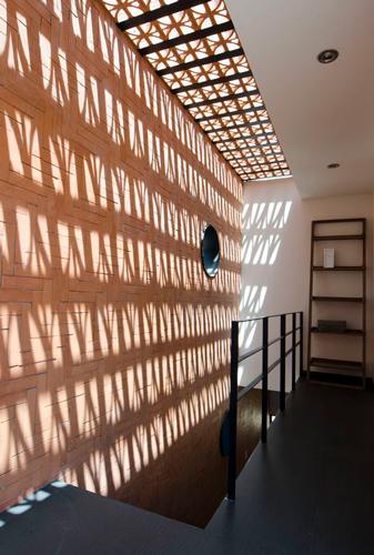 building lightening c - اهمیت نورپردازی ساختمان