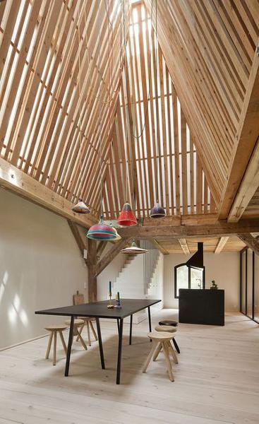 نورپردازی داخلی چوبی