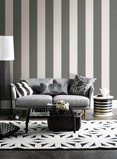 sitting room striped 2 - 16 نکته طراحی دکوراسیون اتاق پذیرایی