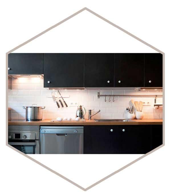 small kitchen 12 - دکوراسیون آشپزخانه کوچک