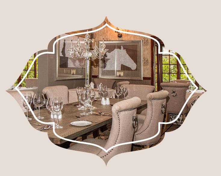 wallpaper dining room - ویژگی های دکوراسیون مناسب برای دیوار اتاق ناهارخوری